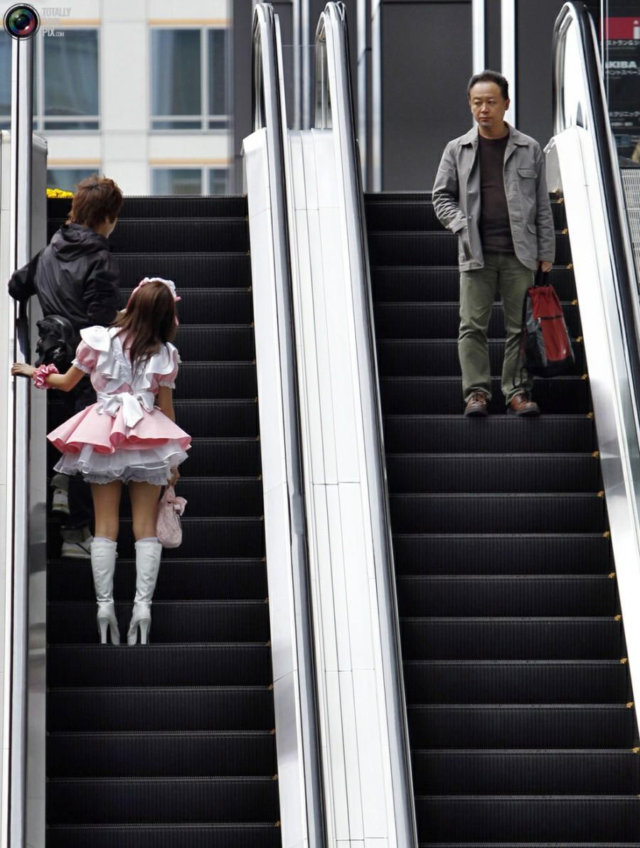 Японочки в метро 7 фотография