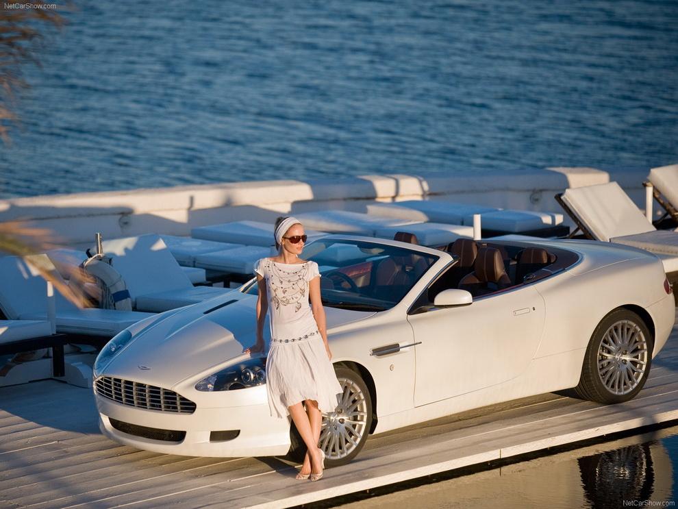Обои Автомобиль Aston Martin DB9 Vol…